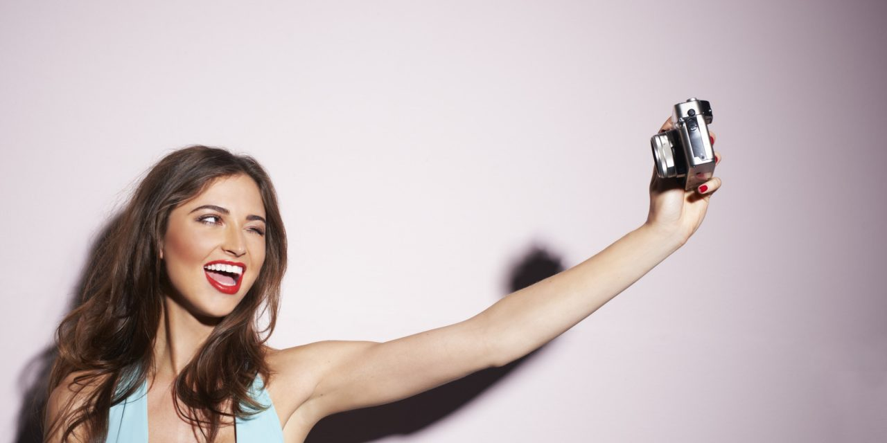 Selfie craze boosts UK make-up sales by £59.3 million