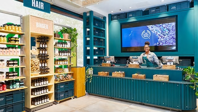 Any color as long as it's green: beauty retail and the emerging planet friendly trend