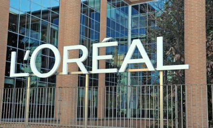 L'Oréal to launch sustainable plastic bottle made with carbon emissions by 2024
