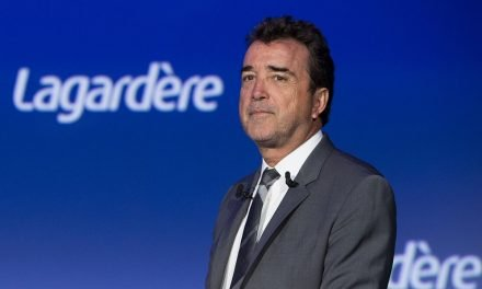 LVMH CEO ups stake in Lagardere